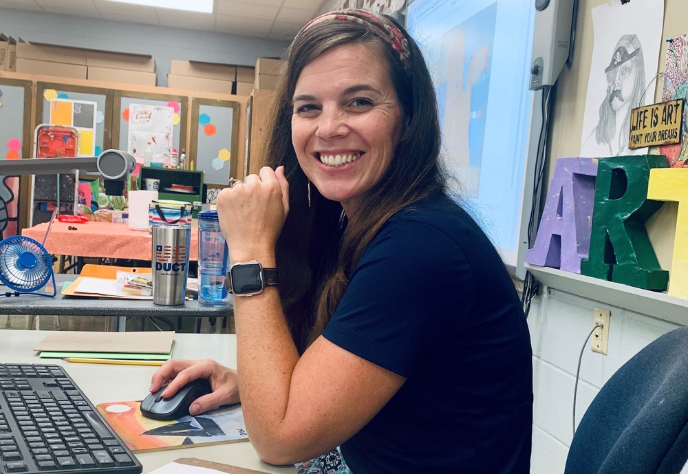 Teacher Spotlight: Art teacher Kandace Potter finds ways to stay positive during Distance-Learning